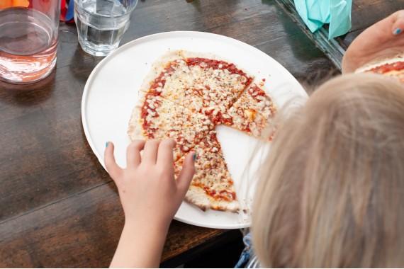 Restaurant_Gestrand_Kindergeburtstag_Haarlem_pizza_Kinde