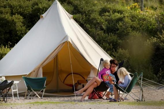 Camping_de_lakens_campen_Familie_zelt