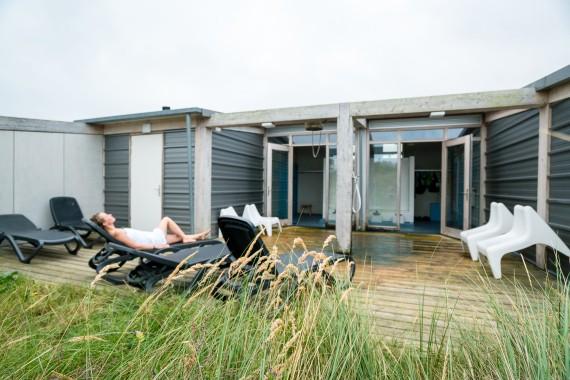 camping de lakens wellness sauna buiten badgebouw
